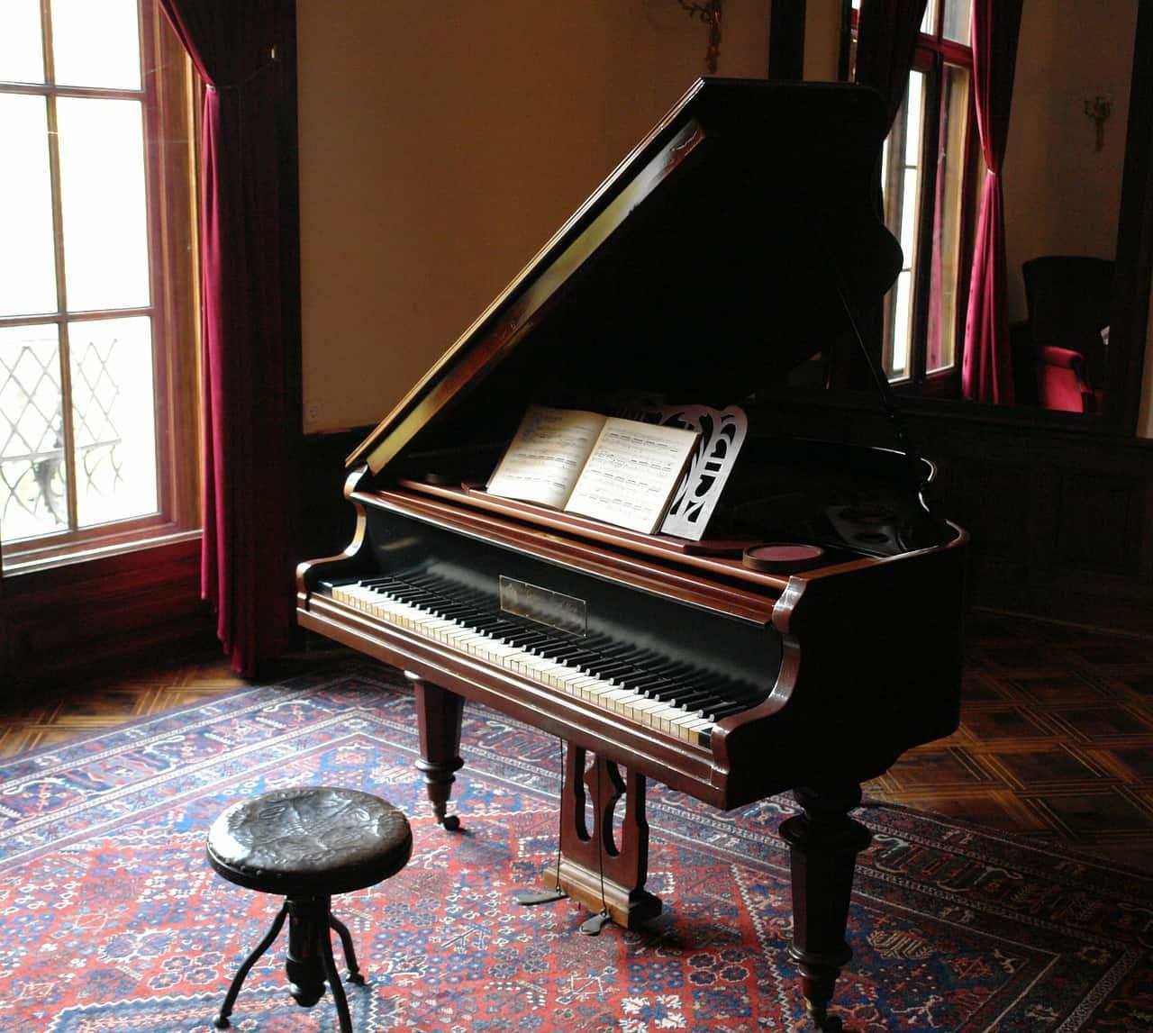 פסנתר יוקרתי